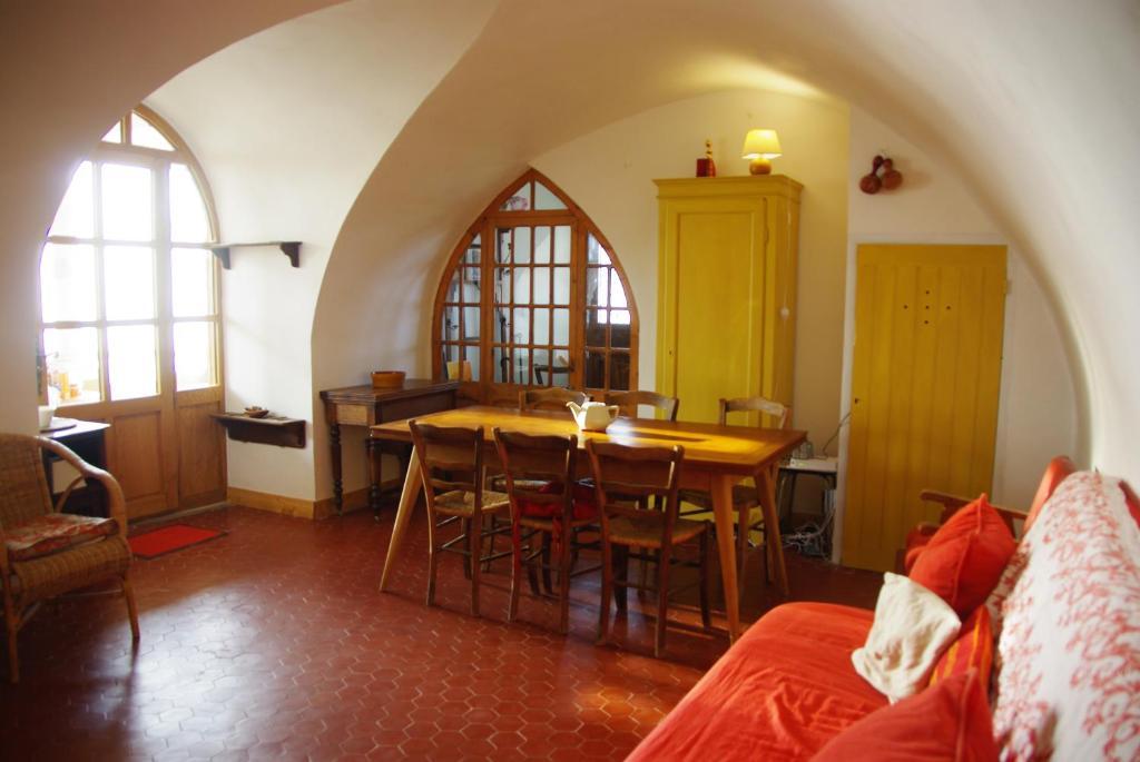 Salon ou bar de l'établissement La Villa Du Collet