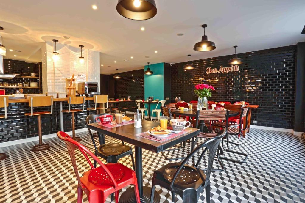 hostel arty paris france booking com