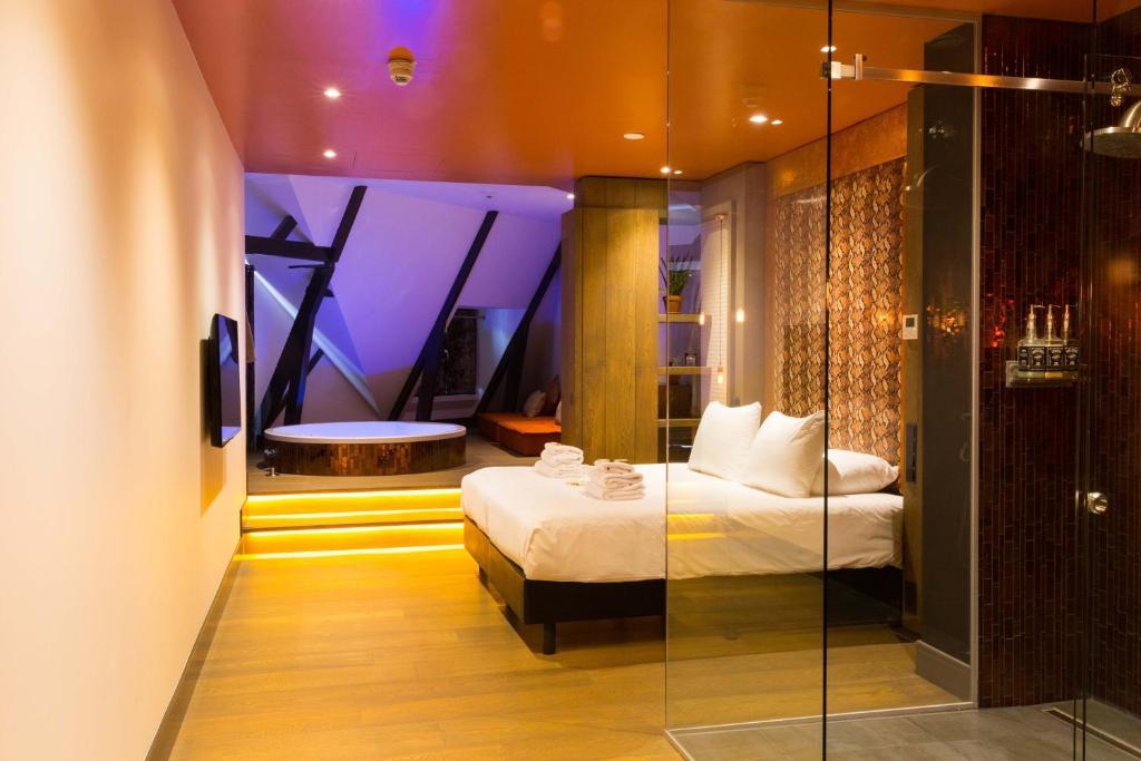 suite hotel nederland