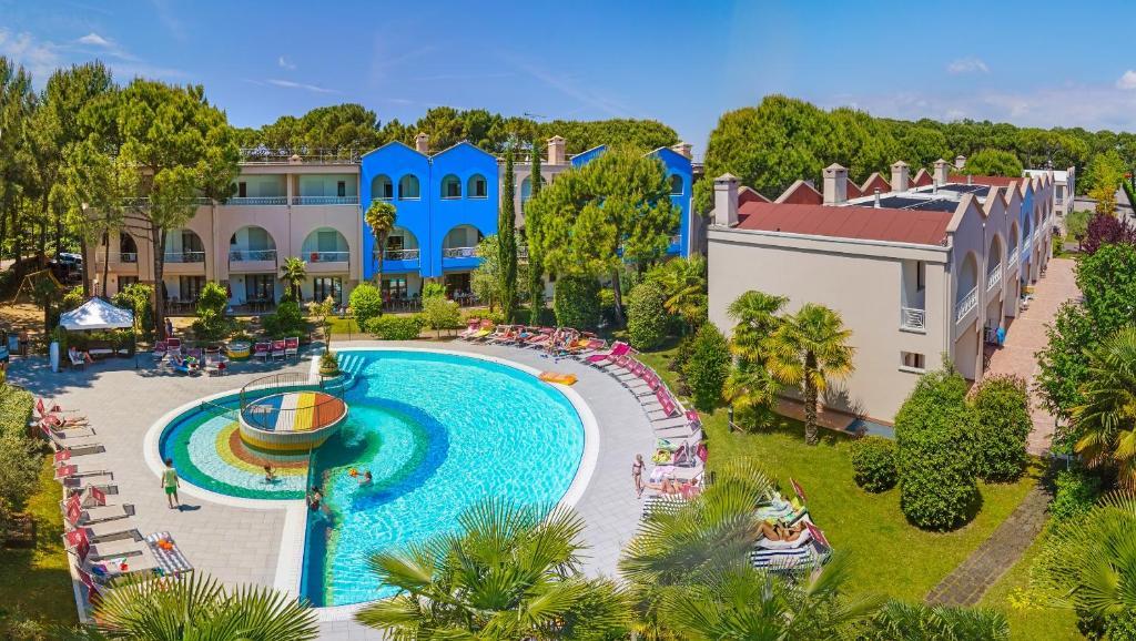 Villaggio mare blu bibione italy - Hotel bibione con piscina ...