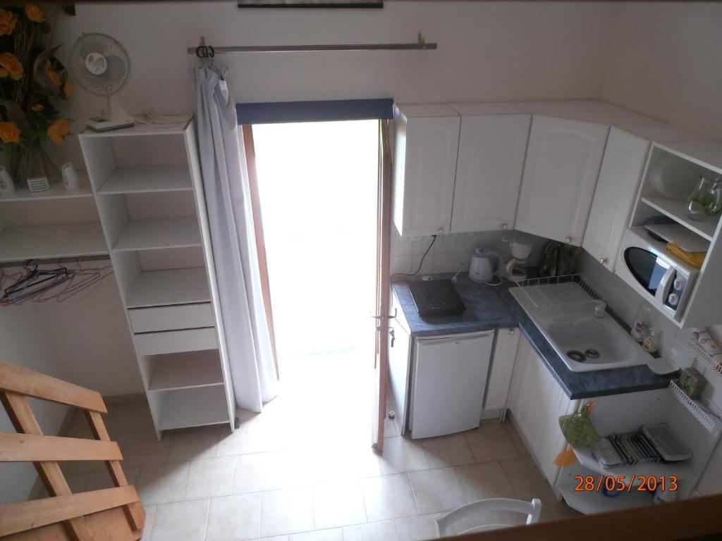 Studio-mezzanine dans villa, Cagnes-sur-Mer, France - Booking.com