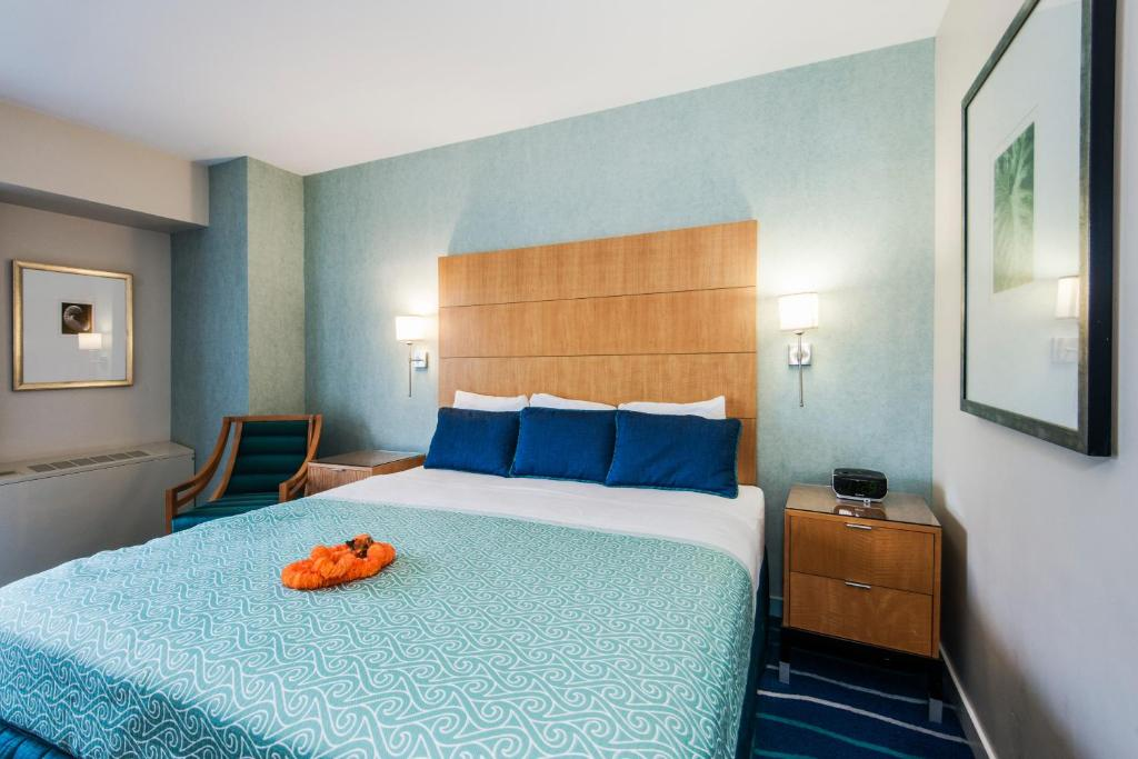 Ala Moana Hotel by Alii Beach Rentals