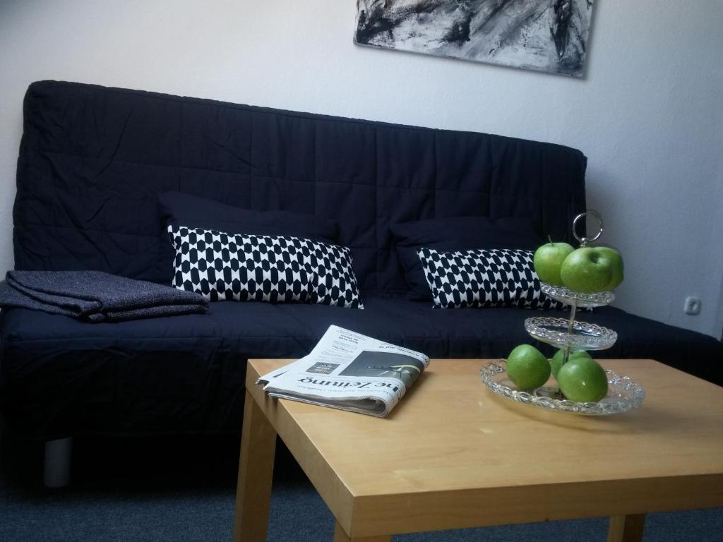 Futon Stuttgart forststrasse apartment stuttgart germany booking com