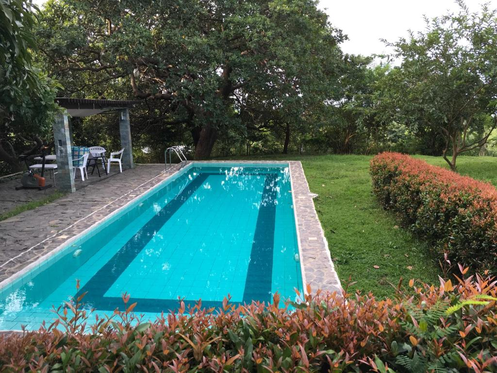 Vacation Home Native House with Swimming Pool Bagac Philippines