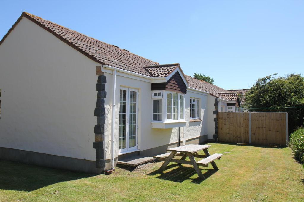 Briquet Cottages Guernsey Channel Islands St Saviour