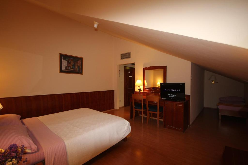 A room at Villa Koruna