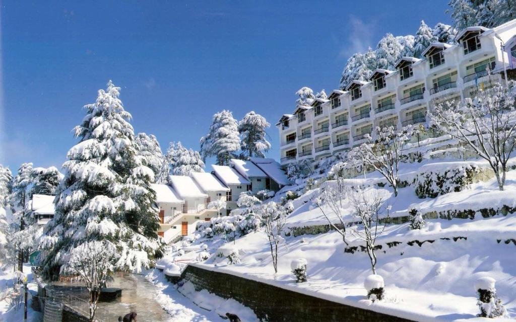 Kashmir Hotel Room Price