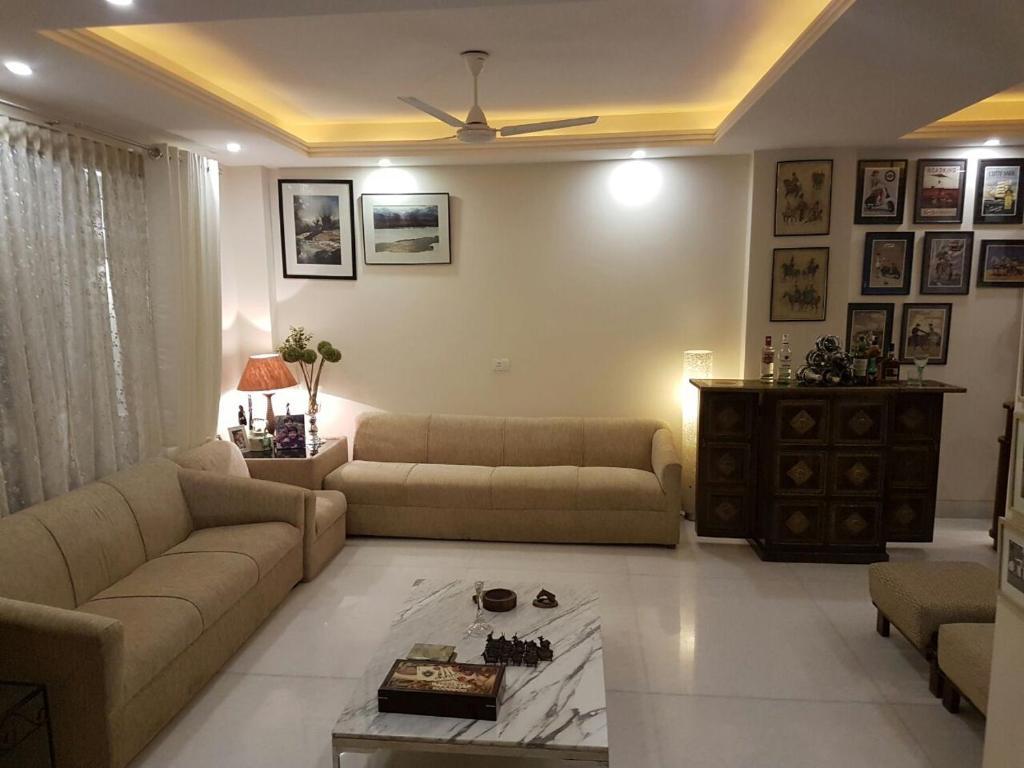 4 Bedroom Designer Service Apartment New Delhi India Bookingcom