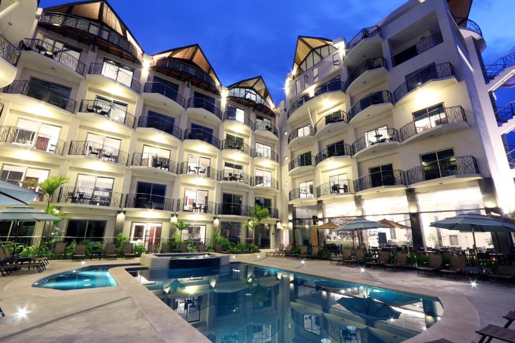 Sky Penthouses At Oceano Jaco: Condo Hotel Sky Penthouses At Oceano, Jacó, Costa Rica
