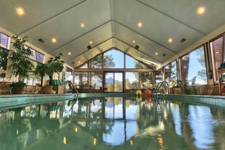 45 photos  Close    7 Bedroom On Golf Course W Indoor Pool Vacation Rental. Vacation Home 7 Bedroom On Golf Course W Indoor Pool Vacation