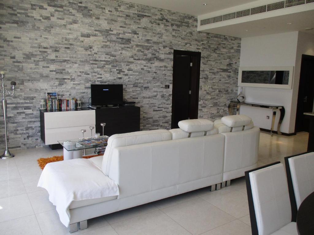 tiara residence - one bedroom apart, dubai, uae - booking