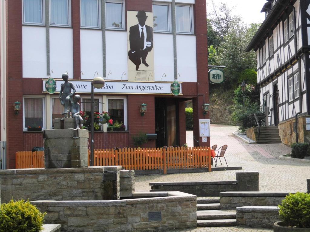 Pension Zum Angestellten Deutschland Porta Westfalica Bookingcom