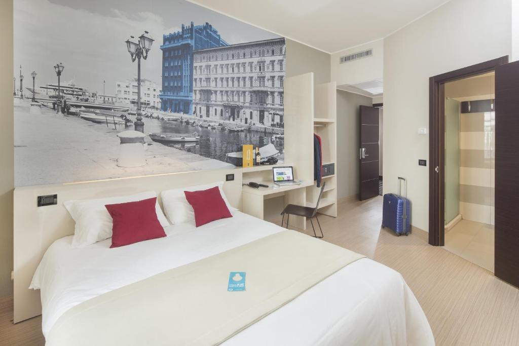 B Hotel Trieste Reserve Now Gallery Image Of This Property
