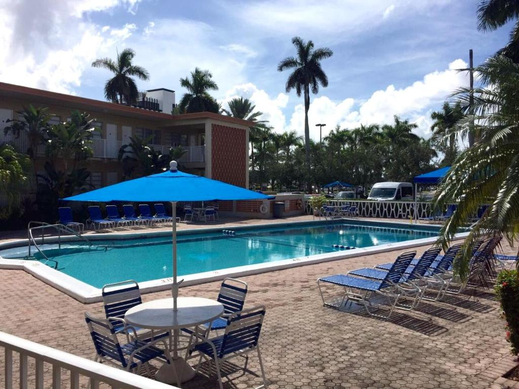 Apartment Luxurious Studio Perfectly Located Hallandale Beach - Florida map hallandale