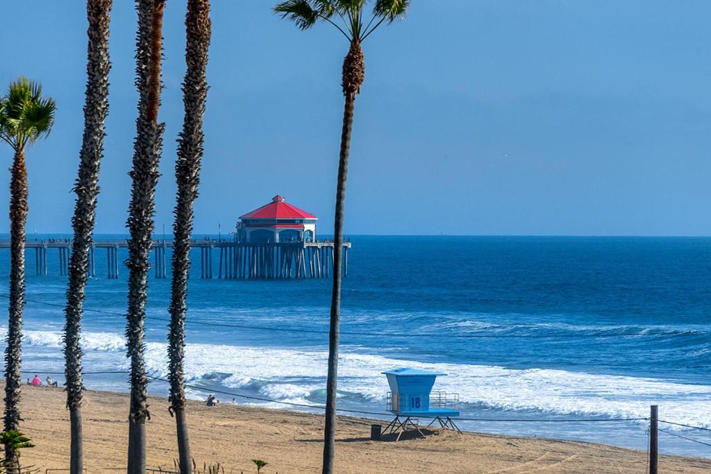 Huntington Beach Oceanfront Restaurants