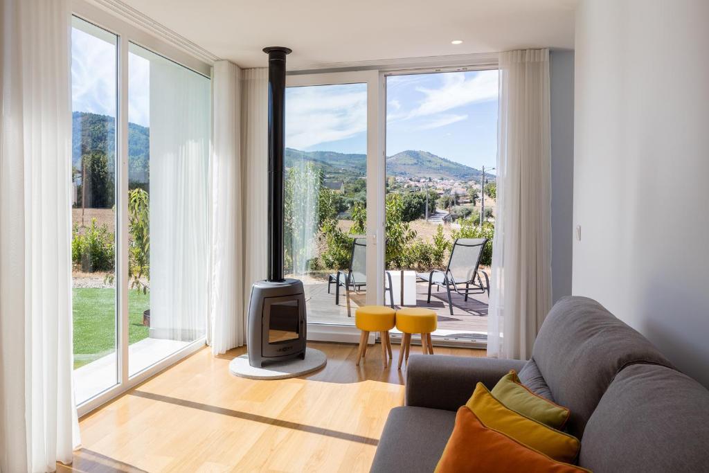 Hotel Cerca Design House Donas Portugal Booking Com