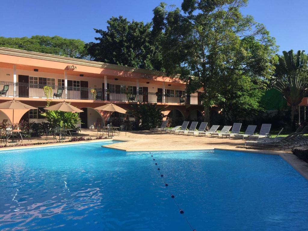 Hotel chichen itza chich n itz mexico Chichen itza mexico natural swimming pool