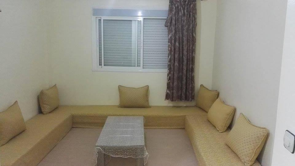 A seating area at Zahed Apartment