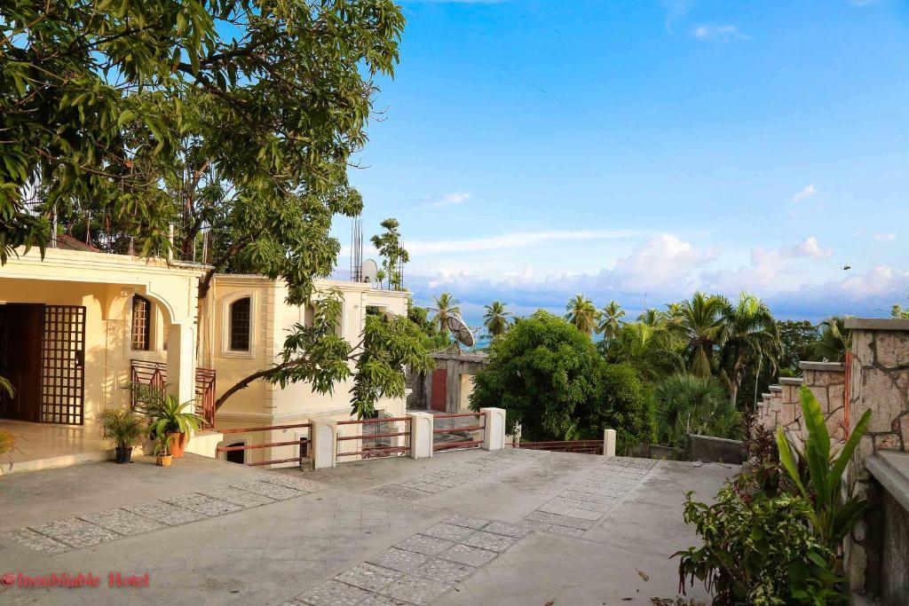 Hotel Inoubliable Cayes Jacmel Haiti Bookingcom
