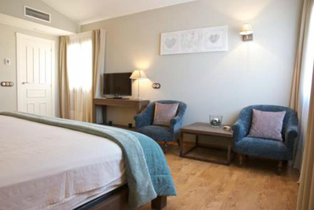 boutique hotels in alcañiz  11