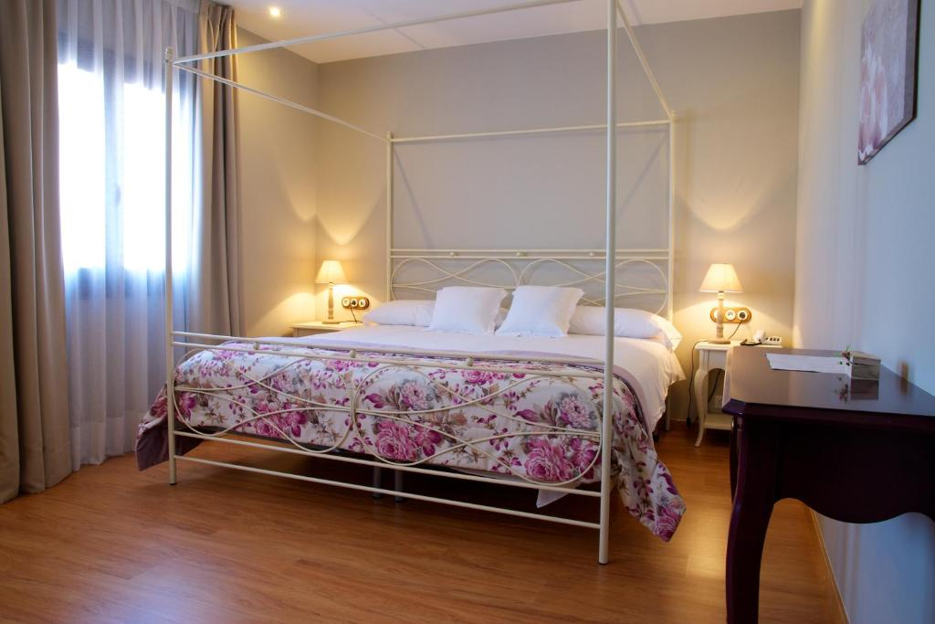 boutique hotels in alcañiz  14