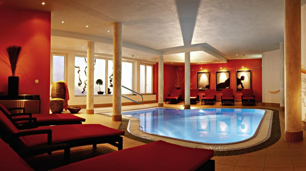 Hotel Alpina nature-wellness, Wenns, Austria - Booking.com