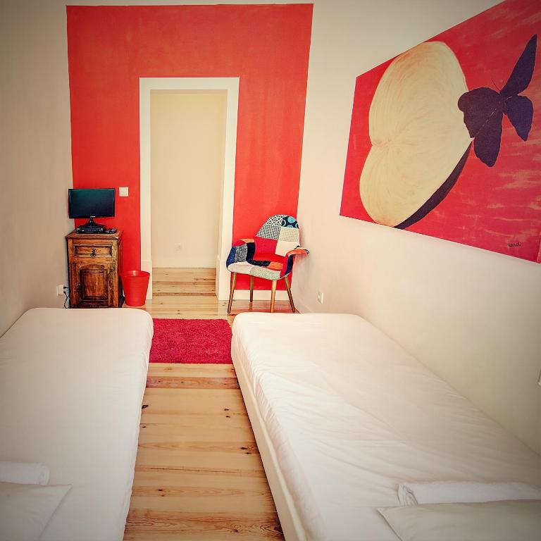 Hostel we love f tourists lisbon portugal booking thecheapjerseys Image collections