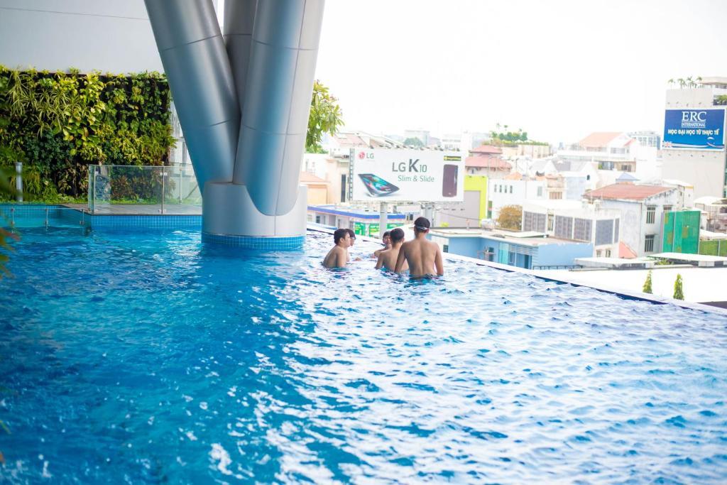 Apartment Infinity Edge Pool Landmark Ho Chi Minh City Vietnam