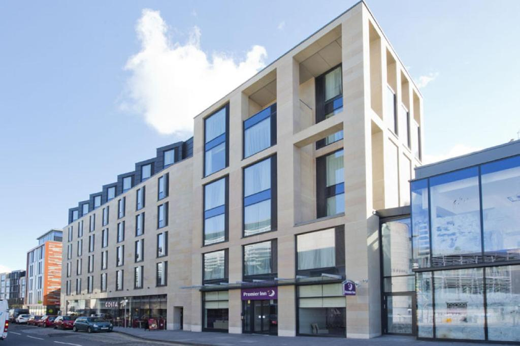 premier inn edinburgh royal mile uk booking
