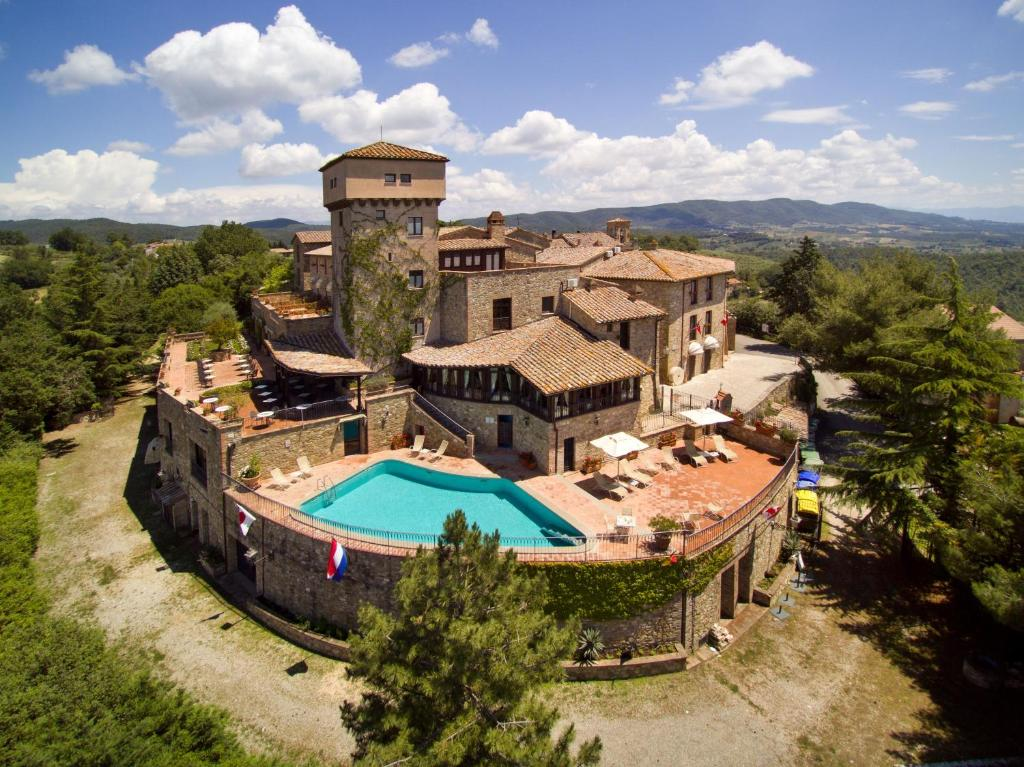 A bird's-eye view of Relais Il Canalicchio Country Resort & SPA