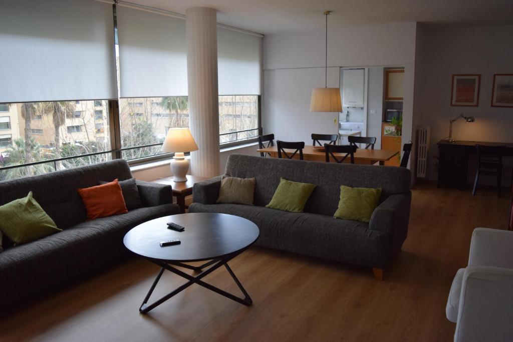 Apartment Arquitecte Sert 18