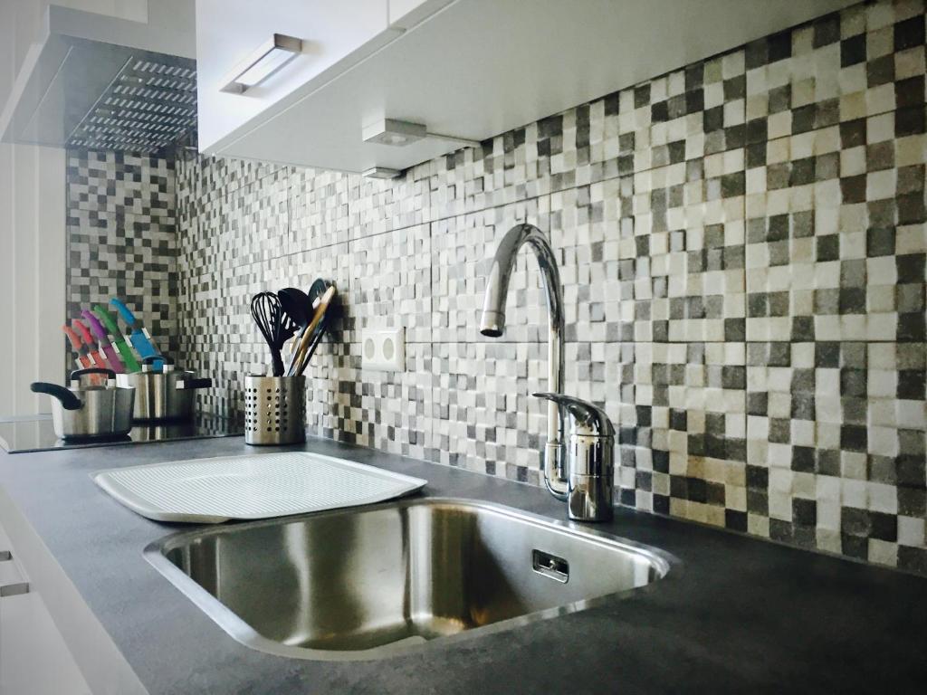 New luxury apartment Vondelpark, Amsterdam, Netherlands - Booking.com