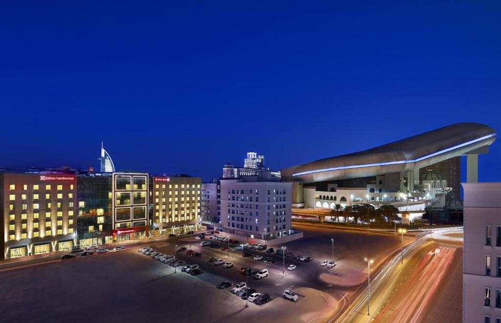 Hotel Hilton Mall Of The Emirates Dubai Uae Booking Com