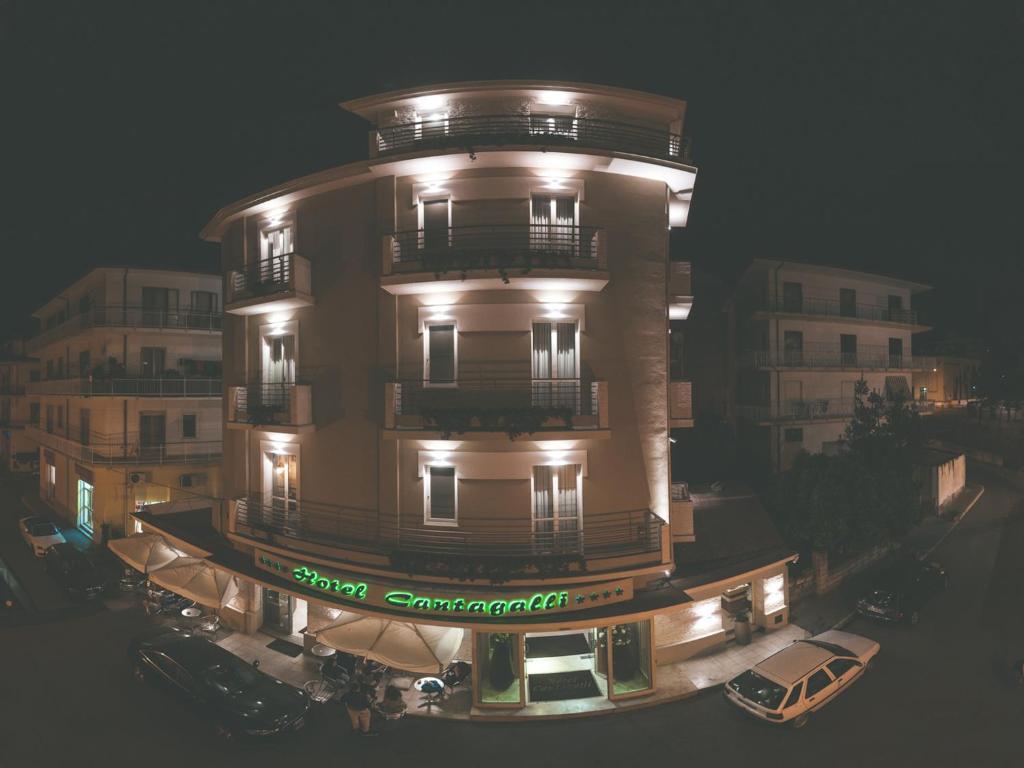 Hotel Il Cantagalli Lamezia Terme Italy Bookingcom