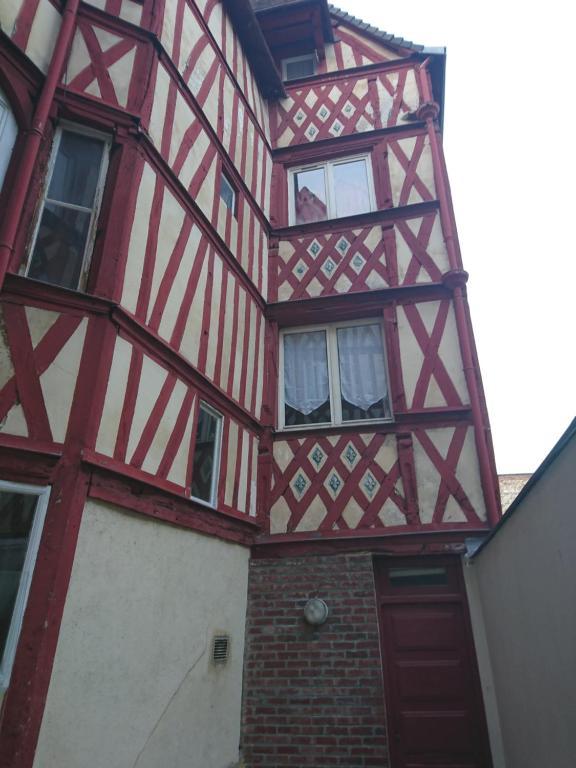 Rouen studio