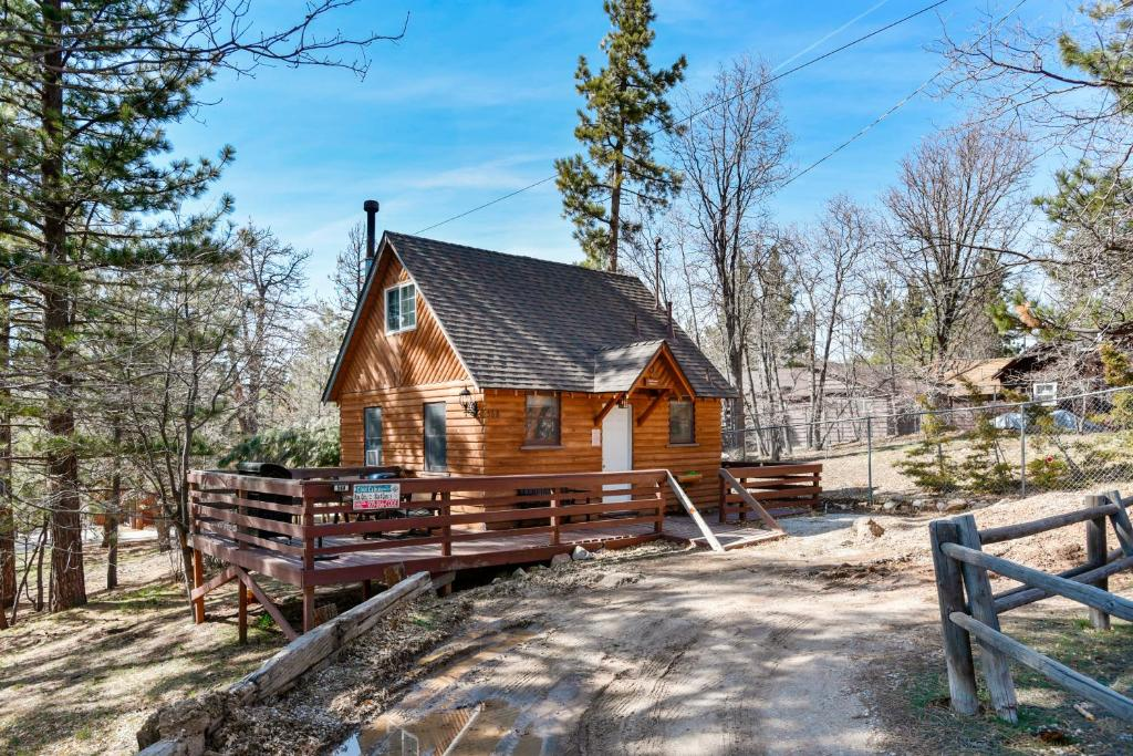 big pet friendly cabin cabins rentals bear lake luxury