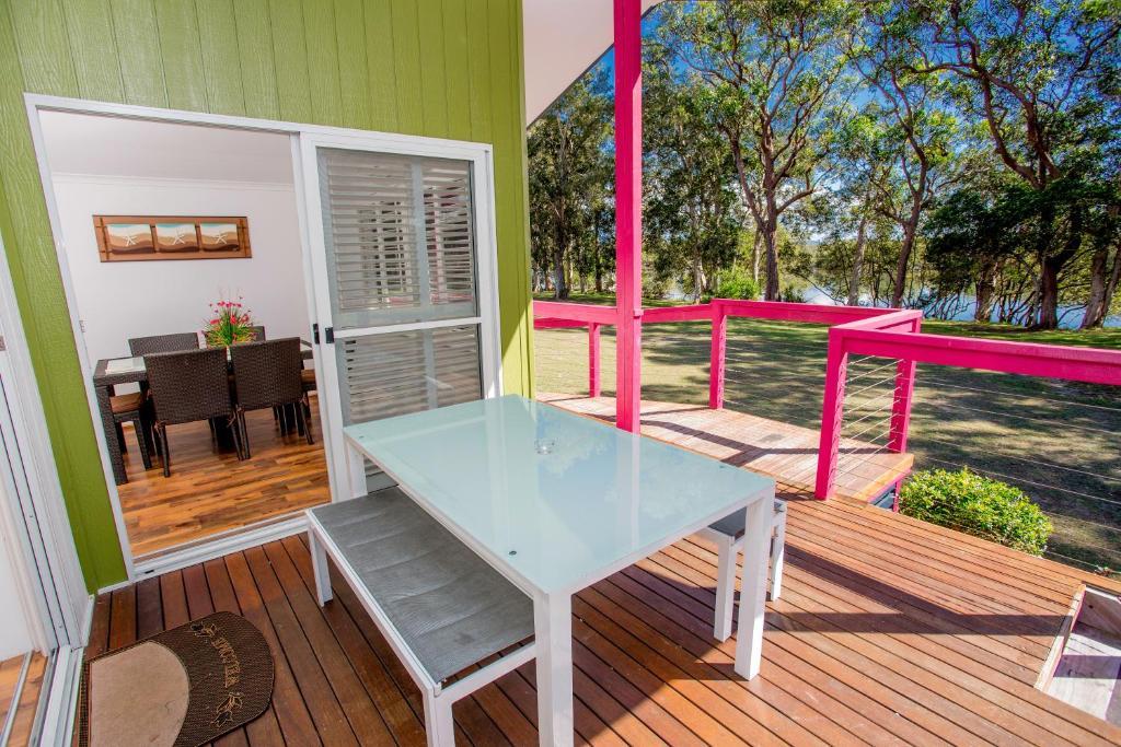 ingenia holidays south west rocks south west rocks. Black Bedroom Furniture Sets. Home Design Ideas