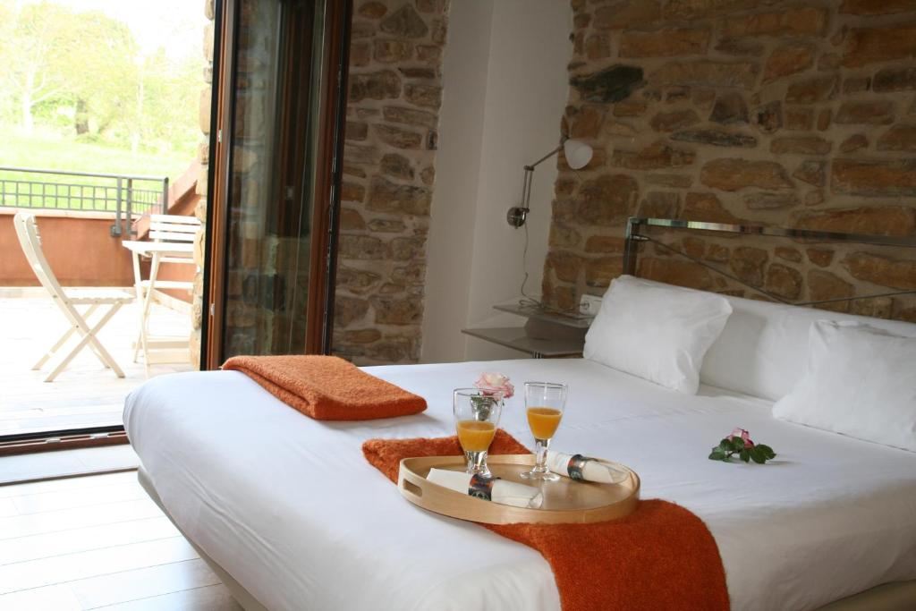 boutique hotels in muxika  18