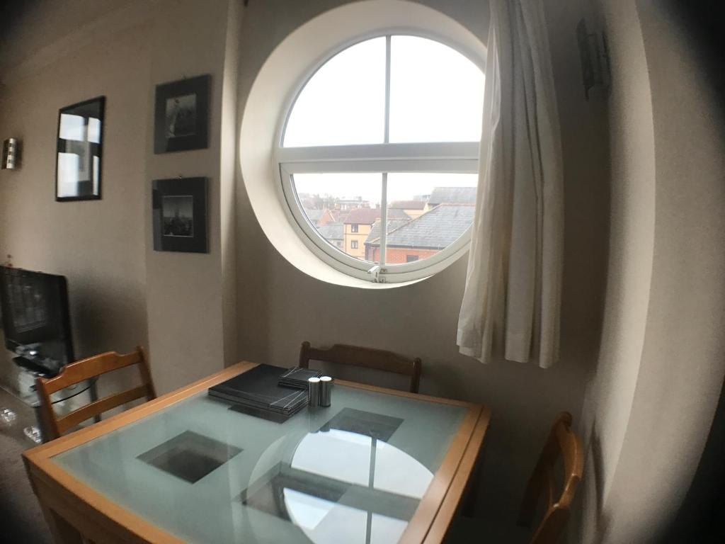 LINX Apartments Riverside House, Reading – Updated 2018 Prices