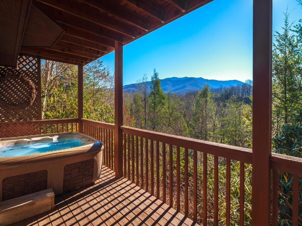 Vacation home annie 39 s smoky view two bedroom home gatlinburg tn for 2 bedroom hotels in gatlinburg tn