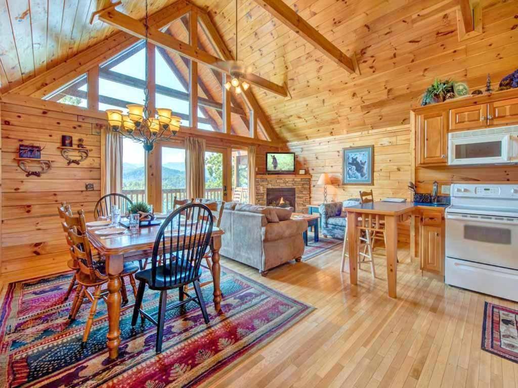 Loma Asunto Fireside View Two Bedroom Home Yhdysvallat Gatlinburg Booki