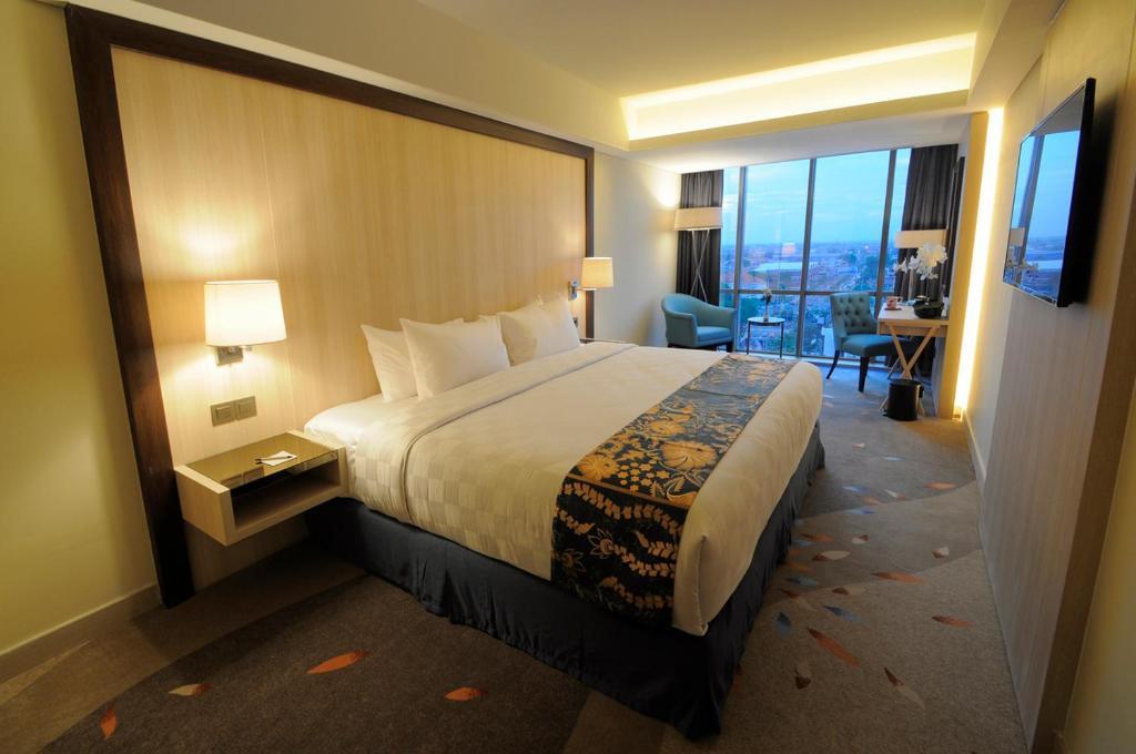 Louis Kienne Hotel Pandanaran Semarang