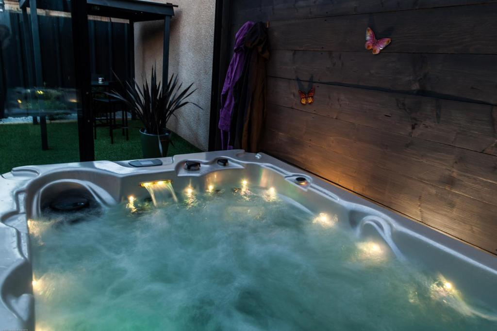 Hotel Jacuzzi Prive France