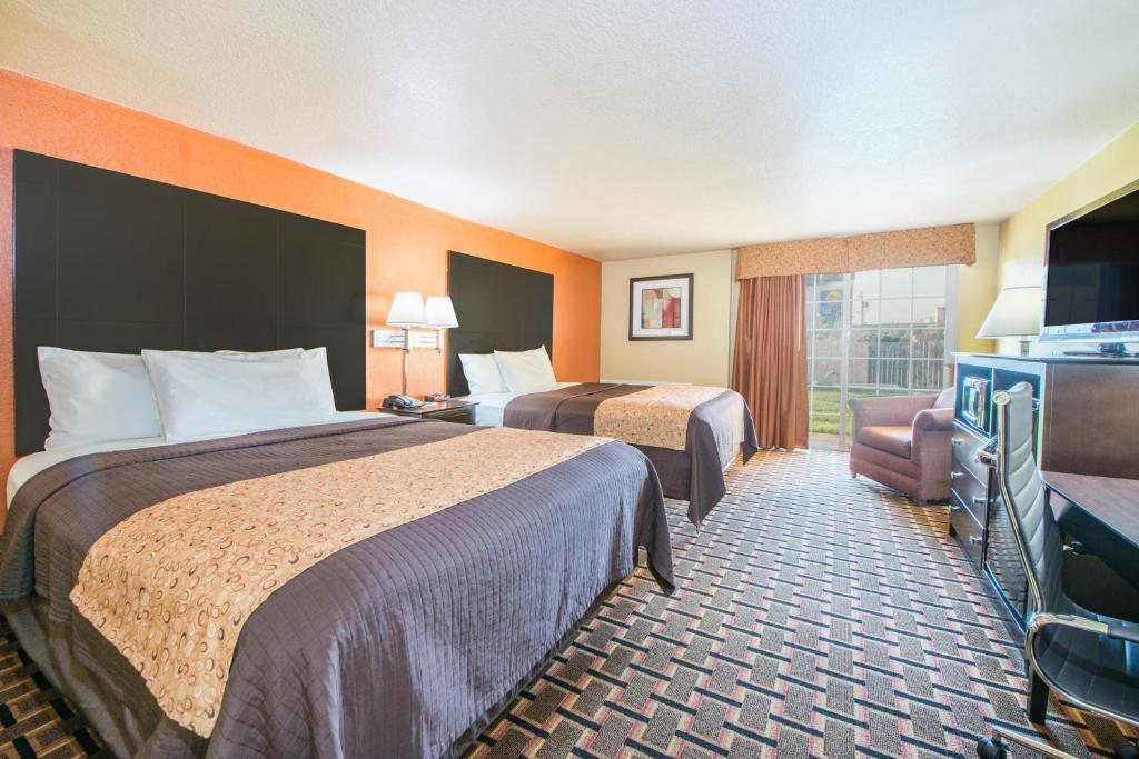 Bedroom Furniture Joplin Mo days inn joplin, mo - booking