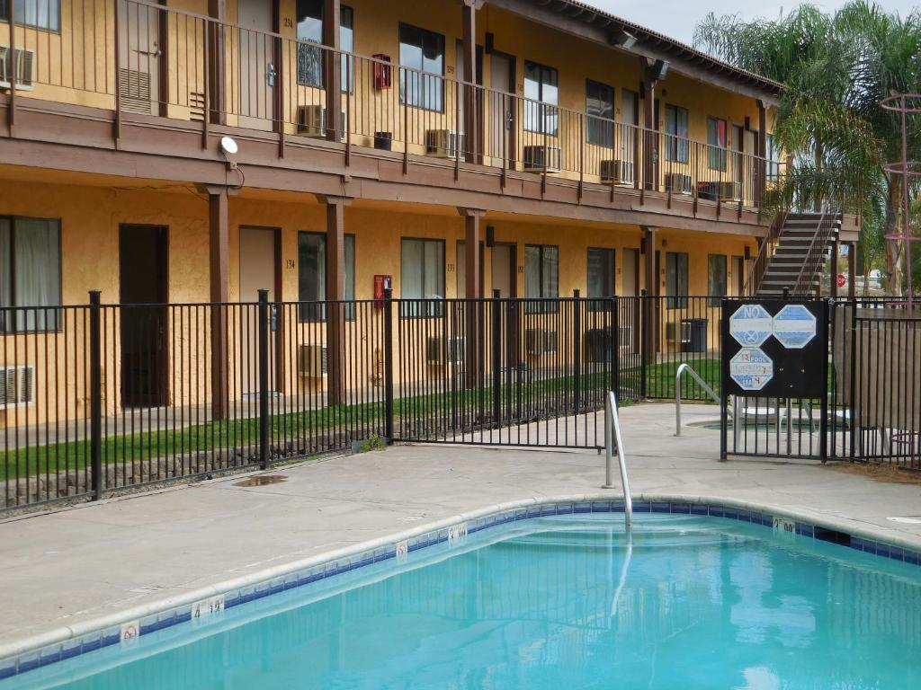 Best Economy Inn & Suites.