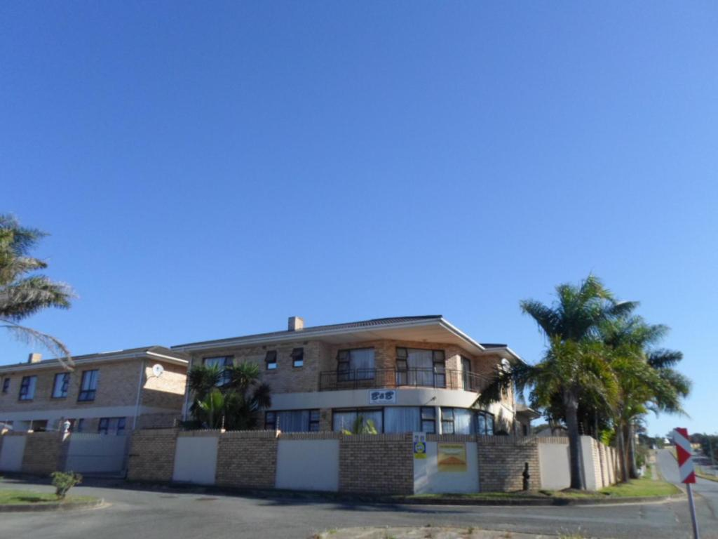 Africa Regent Guest House Lan Vision Guesthouse East London South Africa Bookingcom