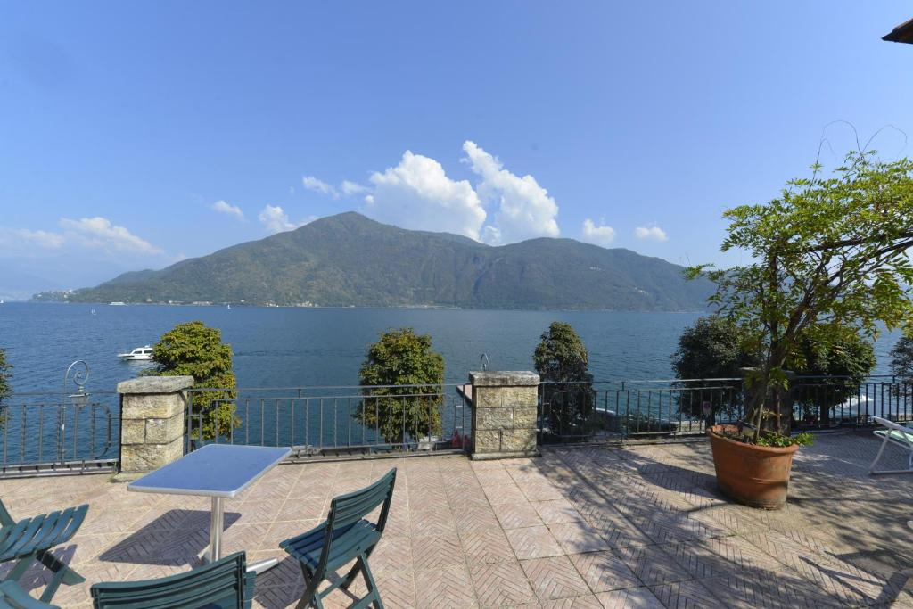 Vacation Home Casa la Terrazza sul Lago, Cannobio, Italy - Booking.com