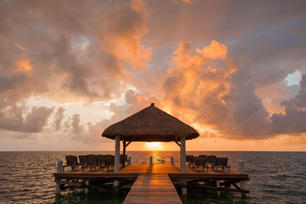 glovers atoll belize advice how see to best a cottages budget of on the