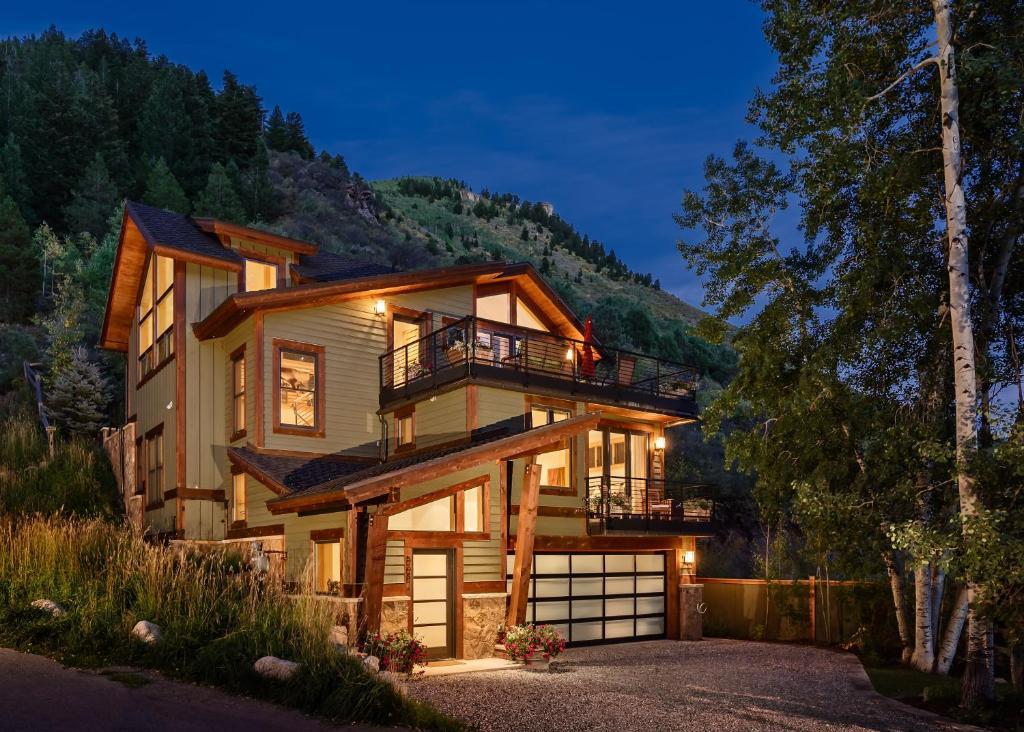 Vacation Home Rentals >> Vacation Home Minturn Rentals Co Booking Com