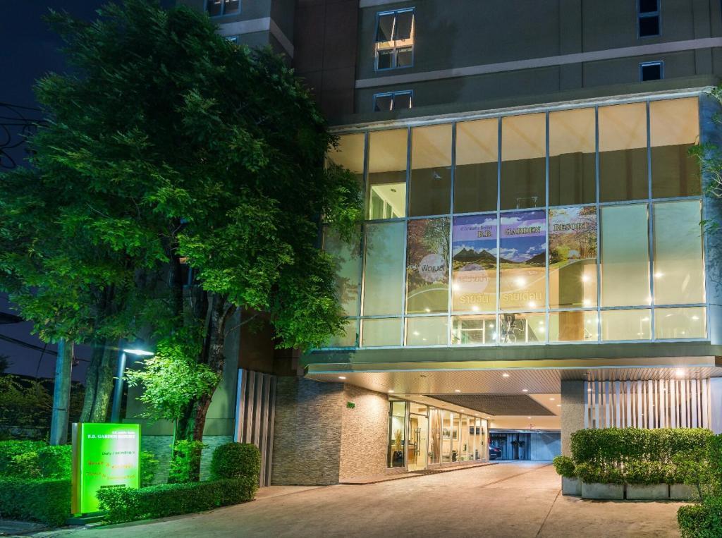 Apartments In Ban Bang Chan Bangkok Province